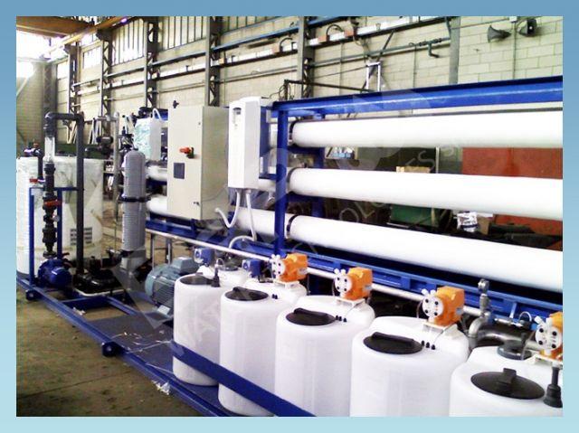 Skid mounted Seawater desalination Reverse Osmosis units